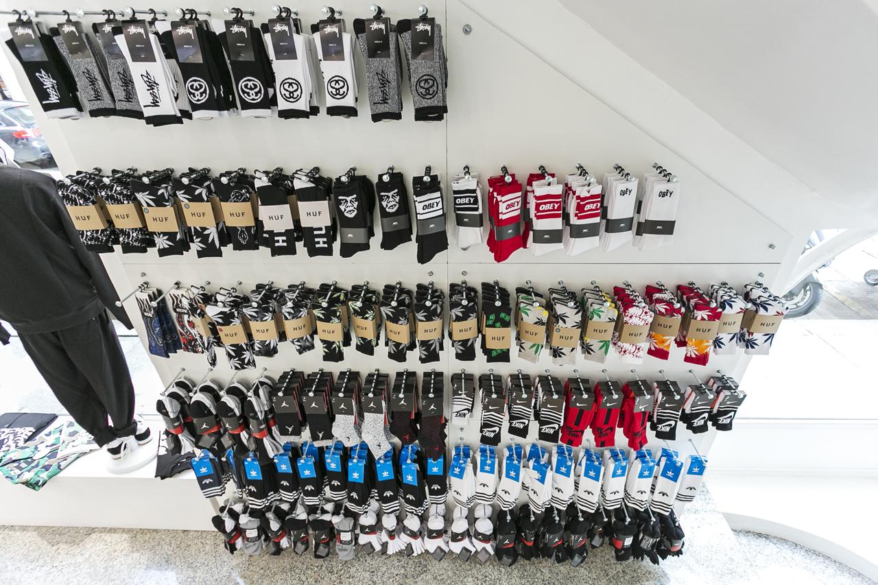 Socks wall online shop