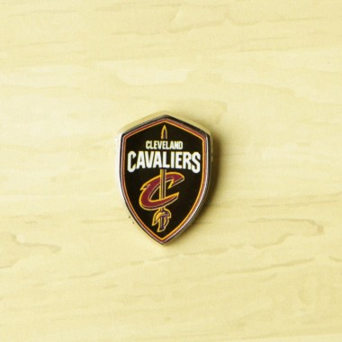 SPILLA NBA PIN BADGE CLECAV
