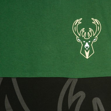 MAGLIETTA NBA LARGE ORIGINAL TEAM LOGO SHORT SLEEVE TEE MILBUC