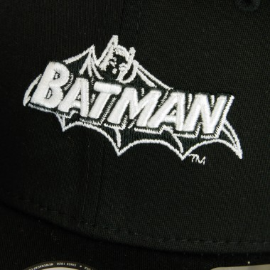 CAPPELLINO VISIERA CURVA NE KIDS SUPERHERO 9FIFTY STRETCH SNAP BATMAN NAME