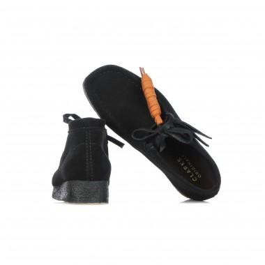 outdoor shoe man wallabee boot