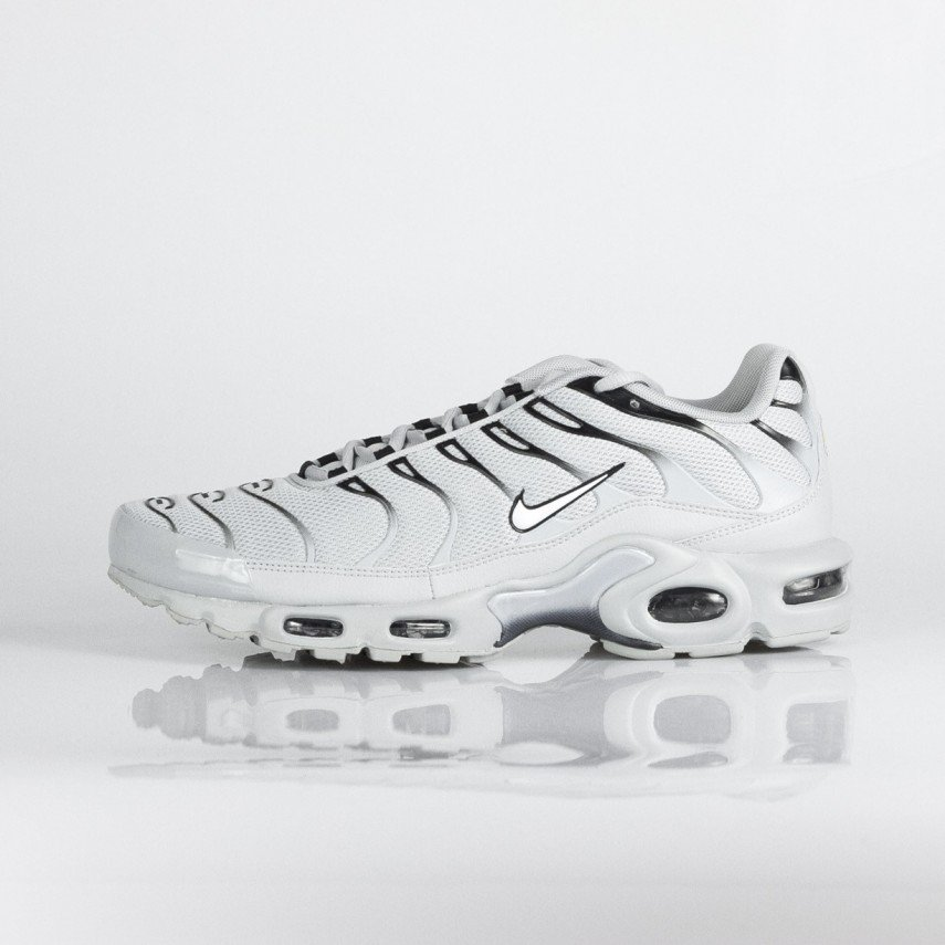 6d533b1714f40 SCARPA BASSA AIR MAX PLUS WOLF GREY WHITE BLACK