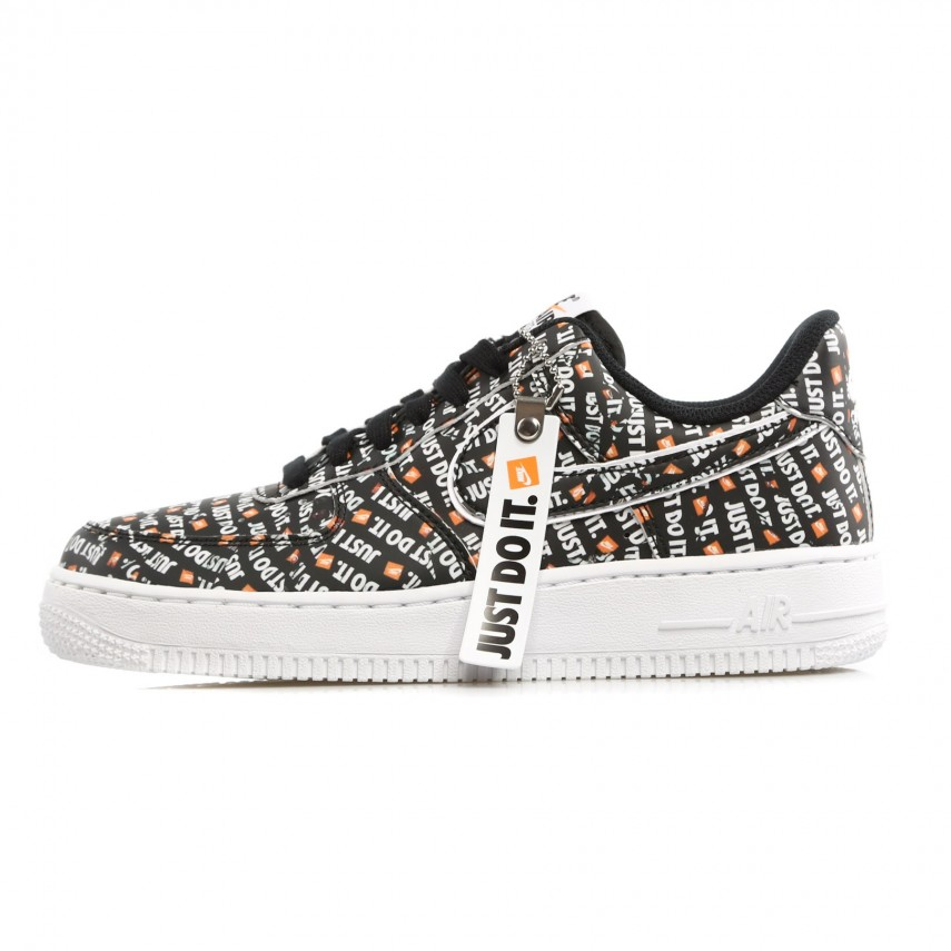 Nike AIR FORCE 1 '07 LV8 Just Do It Pack BLACKBLACK WHITE TOTAL ORANGE