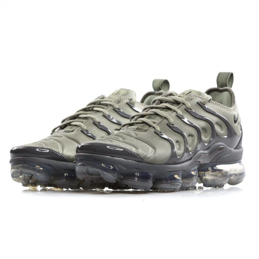 ab1f61fc86bb32 SCARPA BASSA AIR VAPORMAX PLUS DARK STUCCO WHITE DARK GREY ...