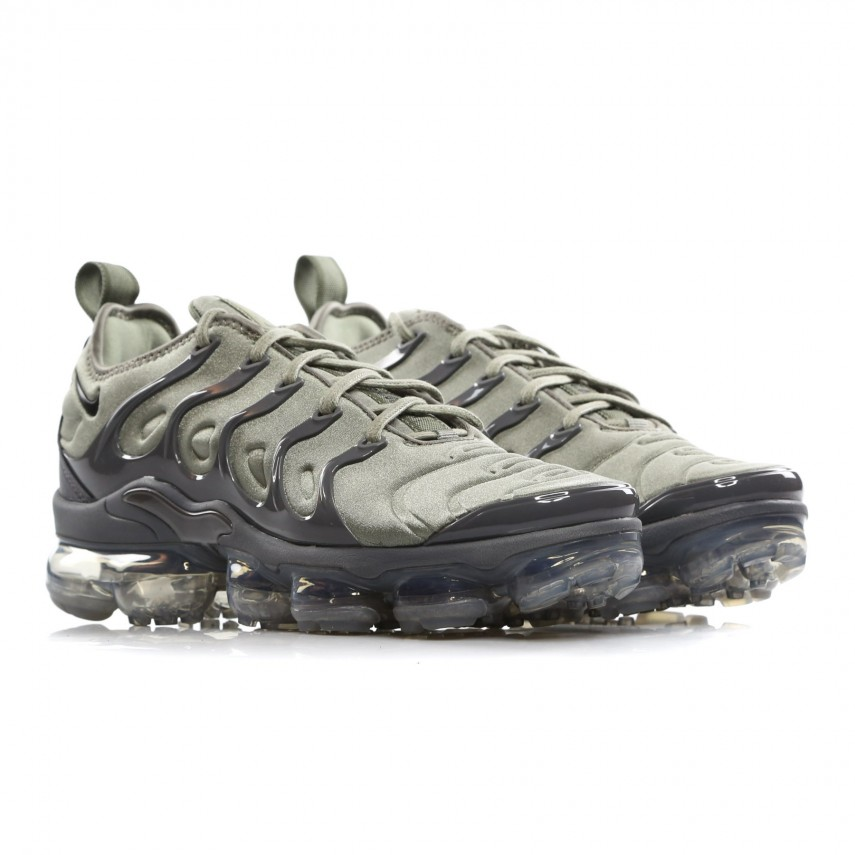 5d3c8783221 SCARPA BASSA AIR VAPORMAX PLUS DARK STUCCO WHITE DARK GREY ...