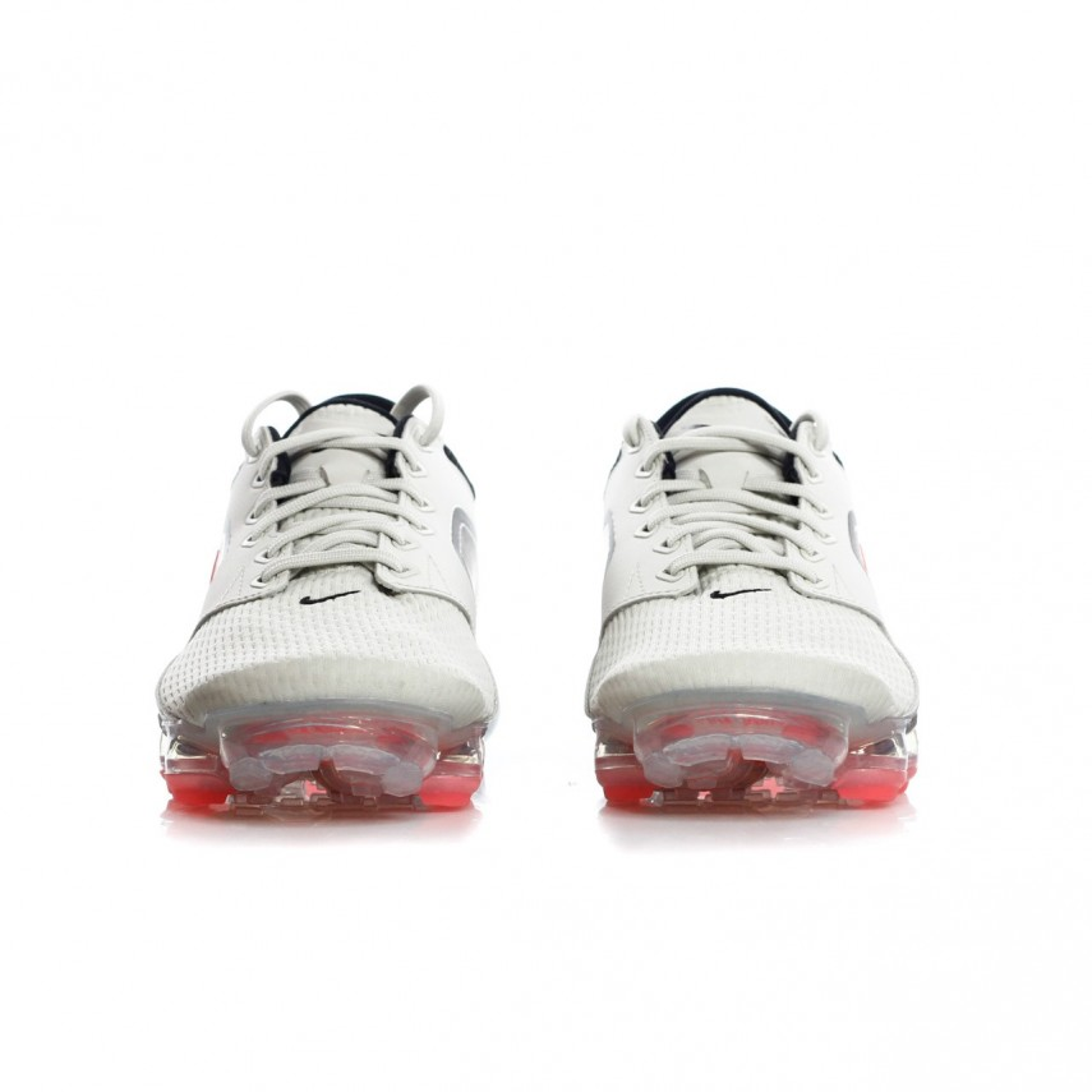 NIKE SCARPA BASSA AIR VAPORMAX LIGHT BONEHOT PUNCH Sneakers  B