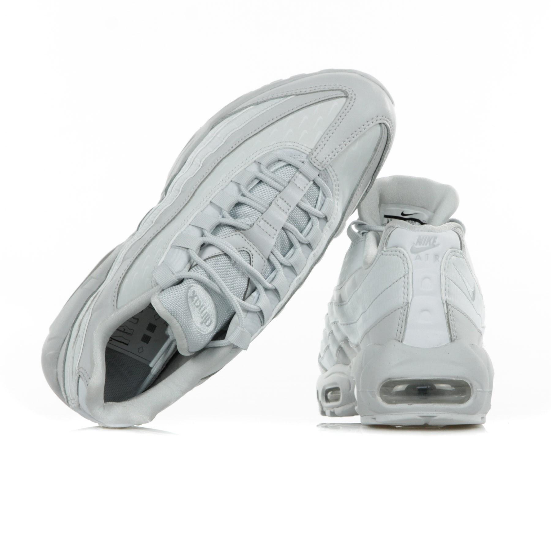 8b965833a413 scarpa-bassa-w-air-max-95-lx-pure-platinum-pure-platinum.jpg