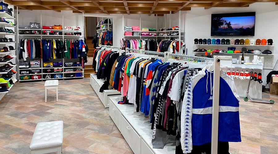 atipici-shop-savona-via-paleocapa-street