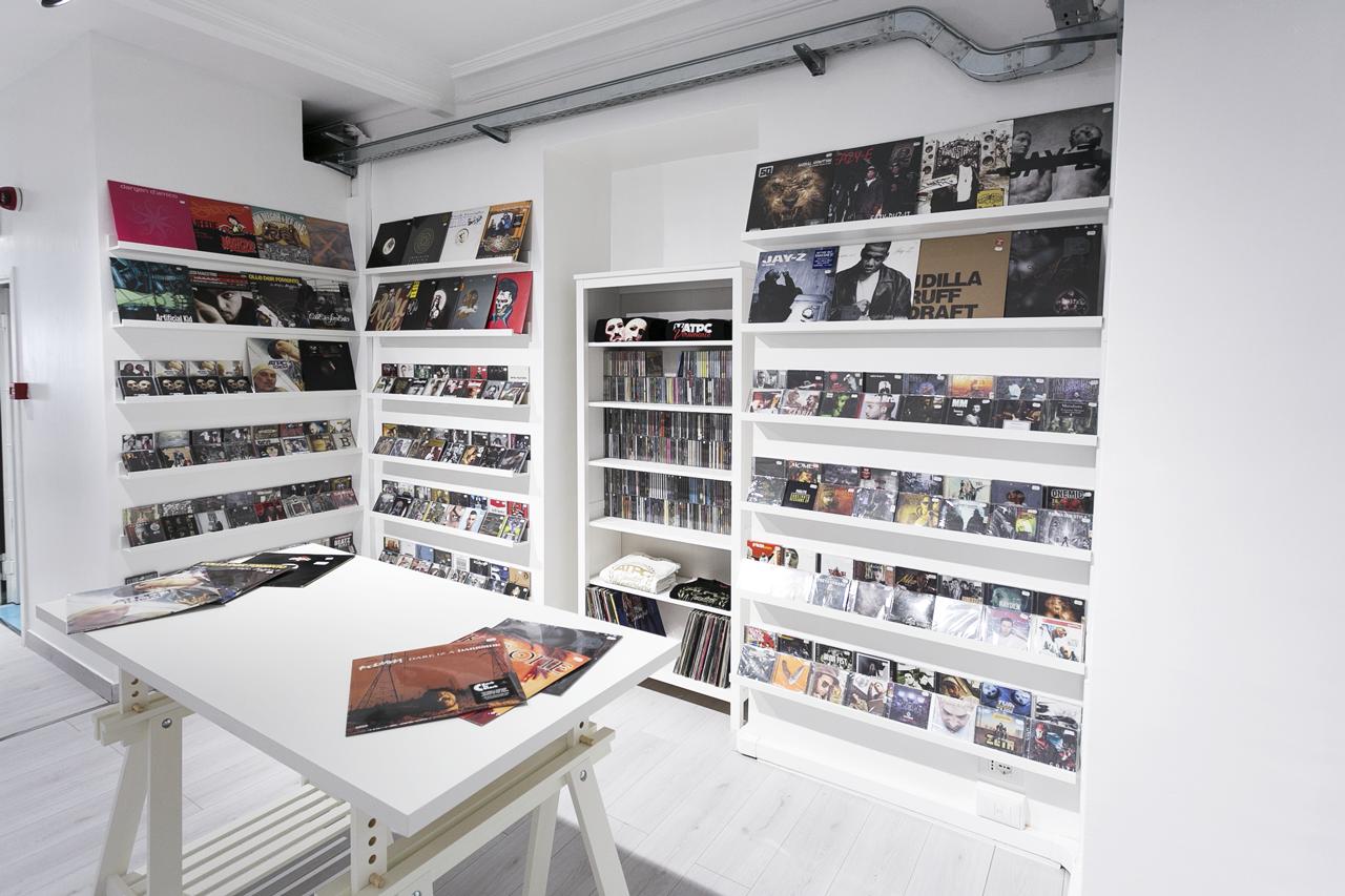 Music corner @Atipici shop